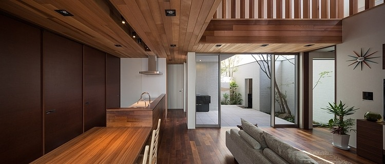 2-stories-modern-house (3)