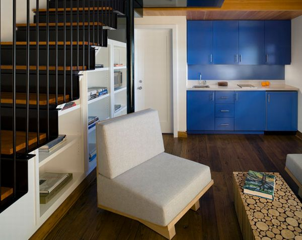 40 under stairs storage space and shelf ideas (30)