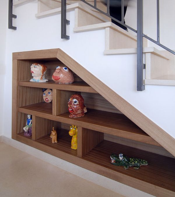 40 under stairs storage space and shelf ideas (32)