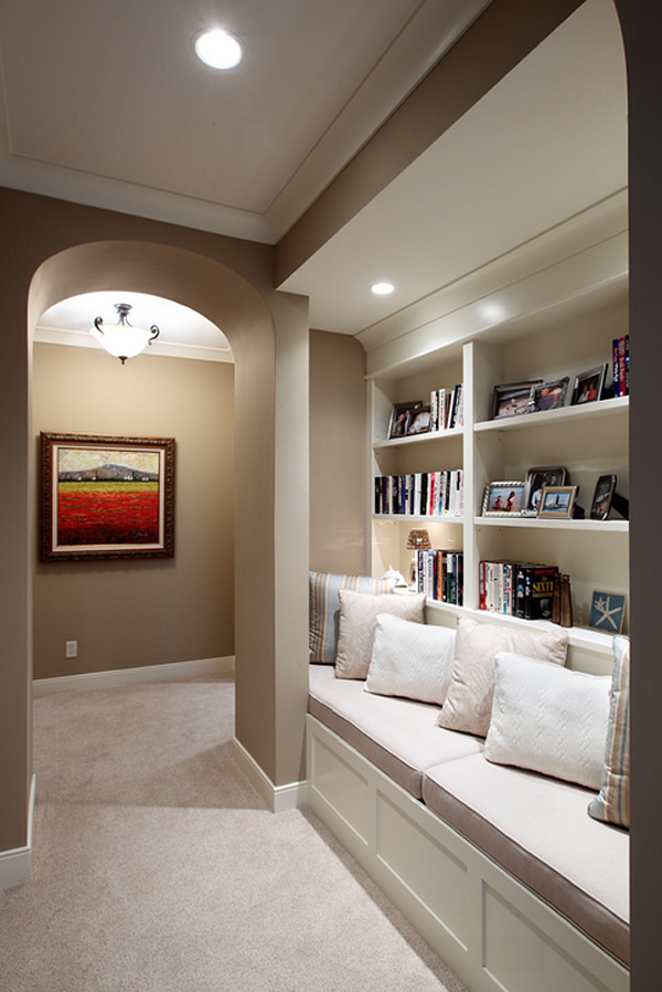 Cozy-Living-Spaces-with-Books (32)