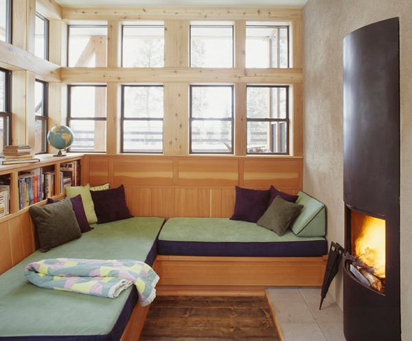 Cozy-Living-Spaces-with-Books (42)