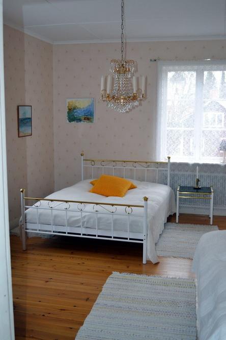 big elegant white villa (26)