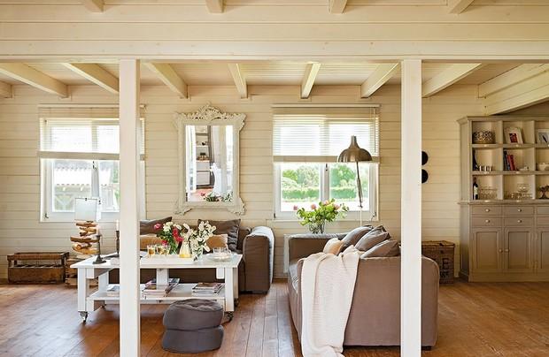 black-wooden-villa (7)