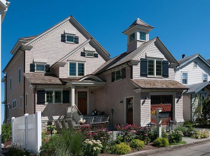 coastal-cottage-white-house (1)