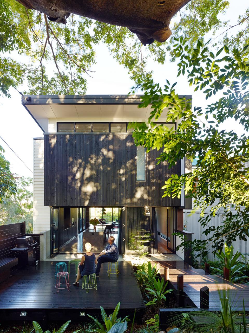 contemporary-blackwhite-house (1)