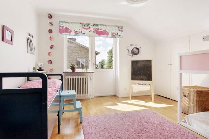 contemporary brick house with spacious interior (12)
