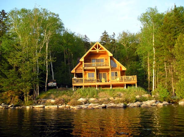 contemporary-cabin-house-in-wood (2)