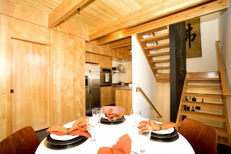 contemporary-white-loft-house (10)