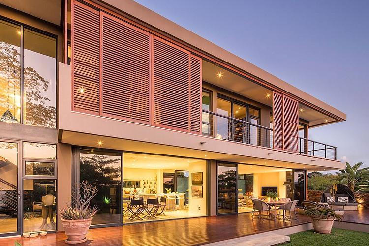 elegant-modern-house-with-swimming-pool (12)