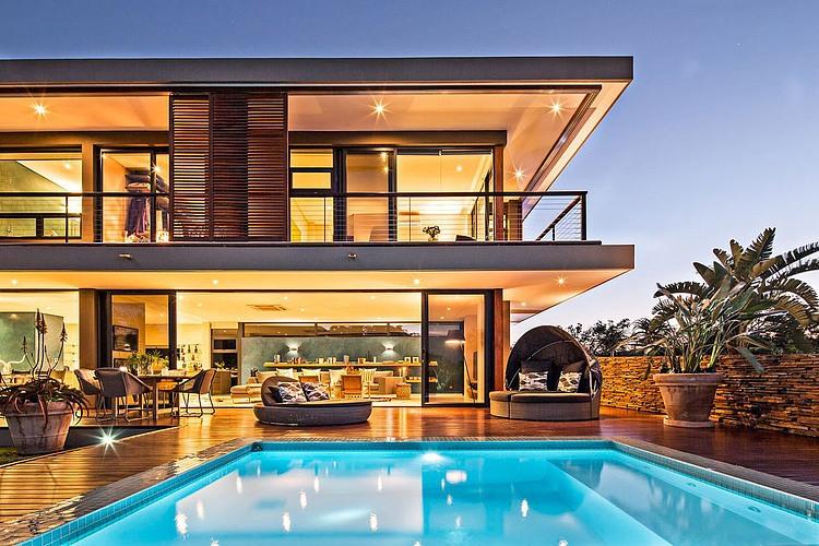 elegant-modern-house-with-swimming-pool (16)