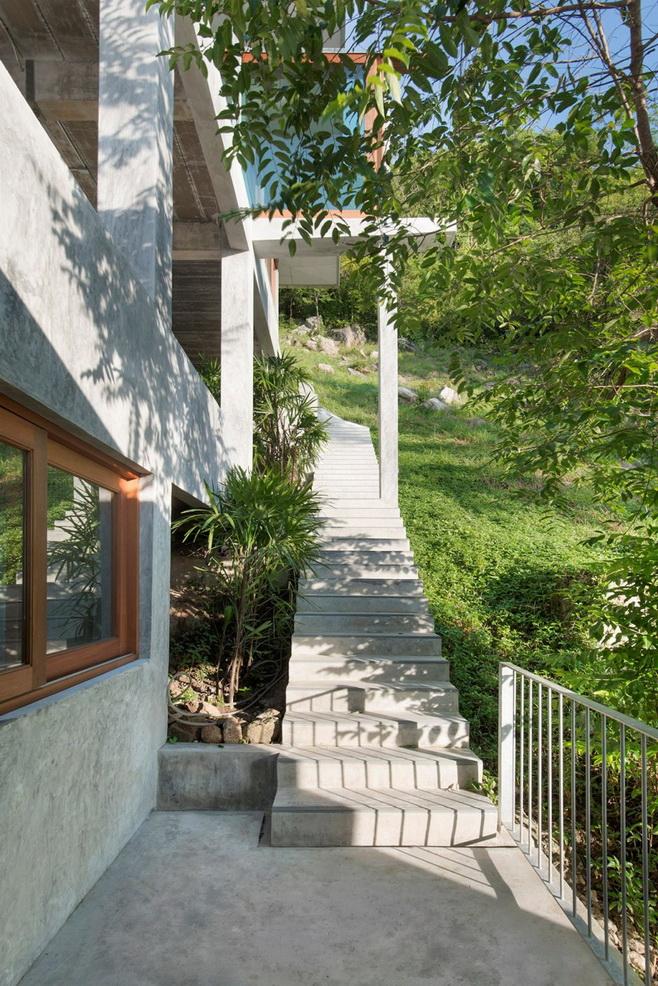elegant-naked-concrete-resort (5)