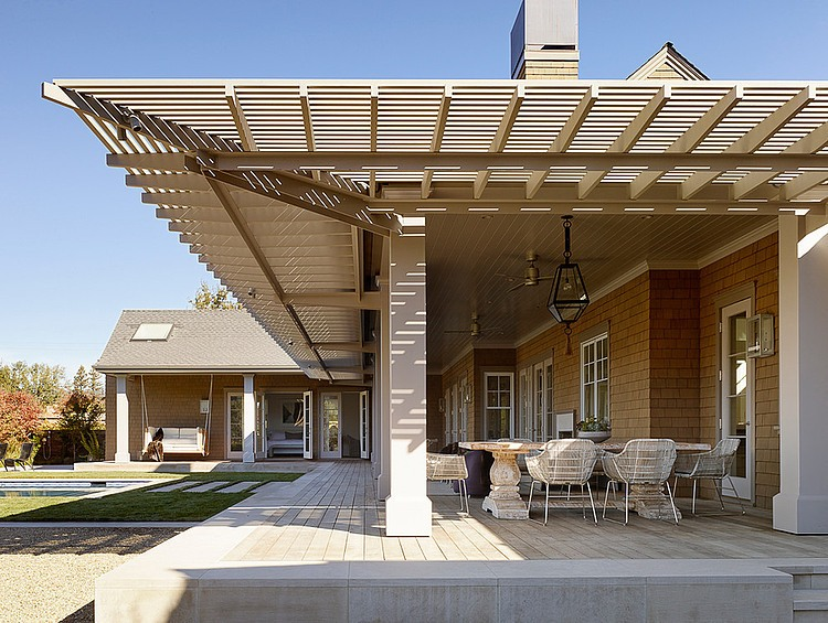 elegant-resort-with-vintage-exterior (32)