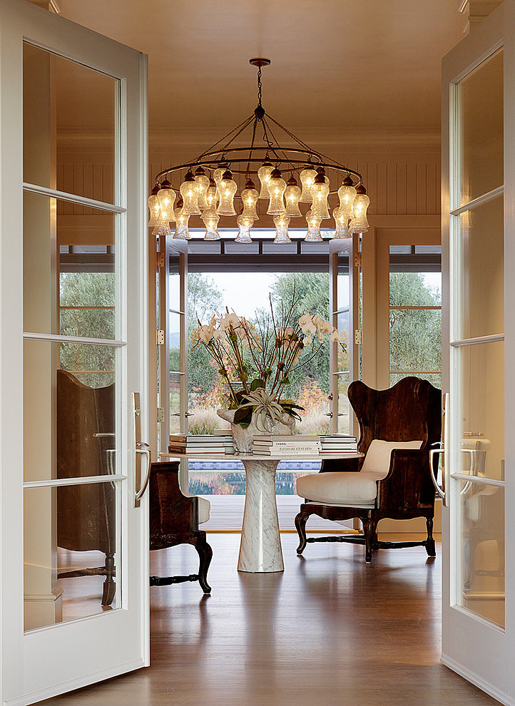 elegant-resort-with-vintage-exterior (4)