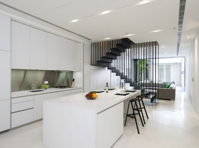 extreme-white-contemporary-town-house (8)