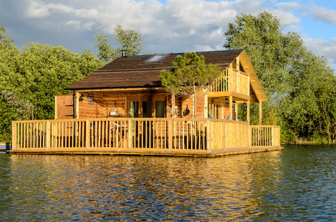 floating-country-house (5)