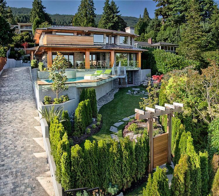 gorgeous-villa-house-with-modern-interior (1)