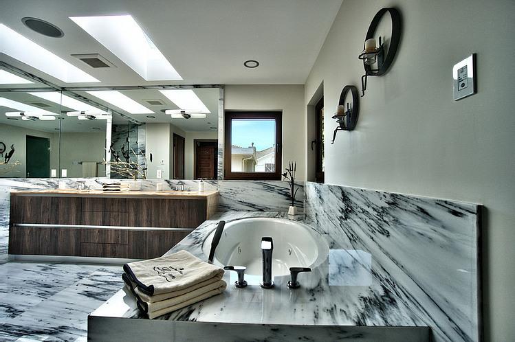gorgeous-villa-house-with-modern-interior (9)
