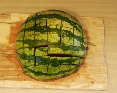 how to eat a watermelon (10)