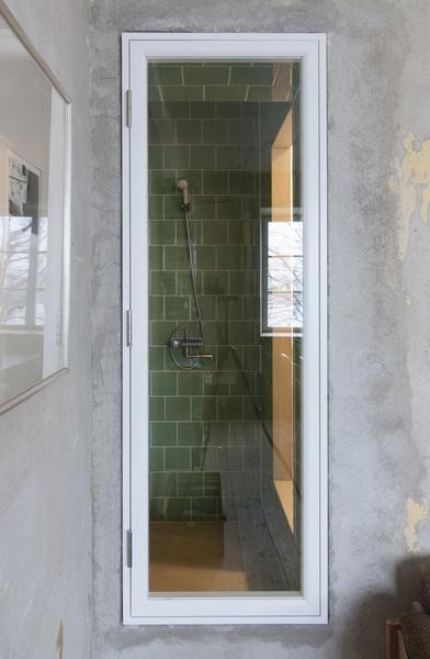 limited-space-condo-room (13)