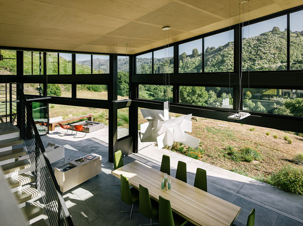 modern-butterfly-house-on-hill (11)