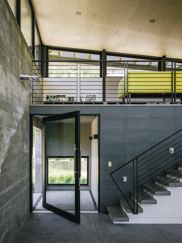 modern-butterfly-house-on-hill (12)