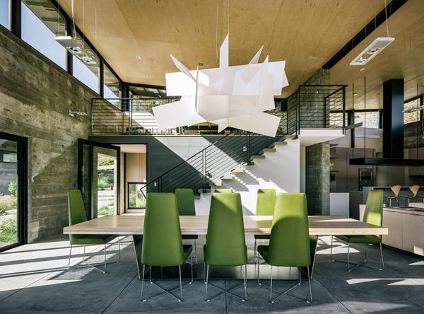 modern-butterfly-house-on-hill (18)
