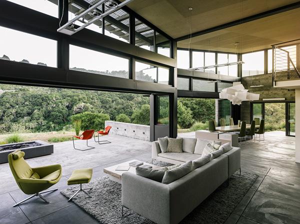 modern-butterfly-house-on-hill (19)