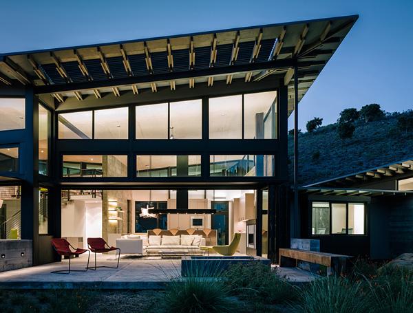 modern-butterfly-house-on-hill (28)