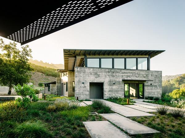 modern-butterfly-house-on-hill (8)