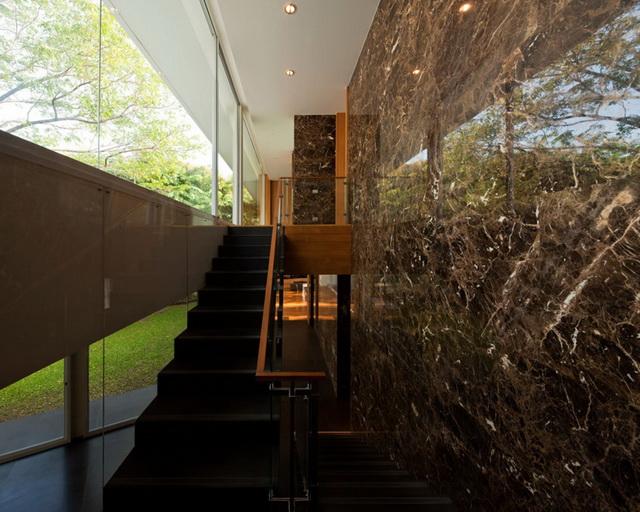 modern-glass-house-in-bkk (1)