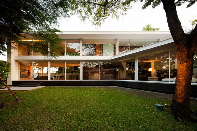 modern-glass-house-in-bkk (14)