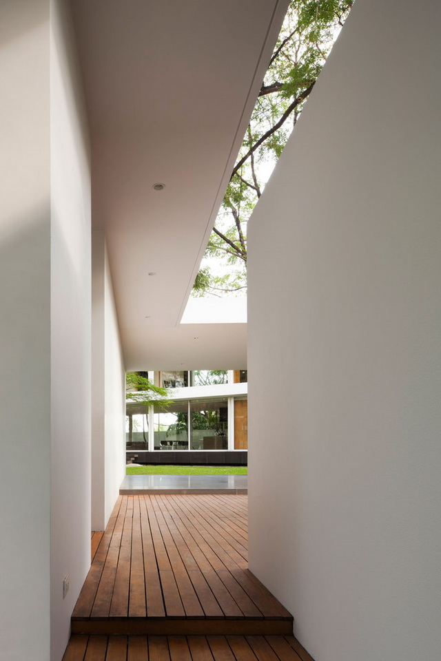 modern-glass-house-in-bkk (17)
