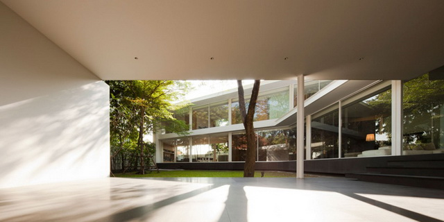 modern-glass-house-in-bkk (20)