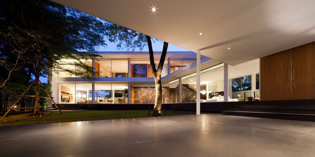 modern-glass-house-in-bkk (9)