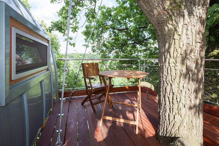 modern-tree-house-in-town (4)