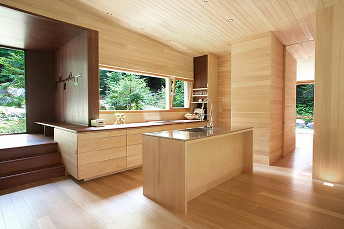modern-wooden-house-in-peaceful-wood (3)