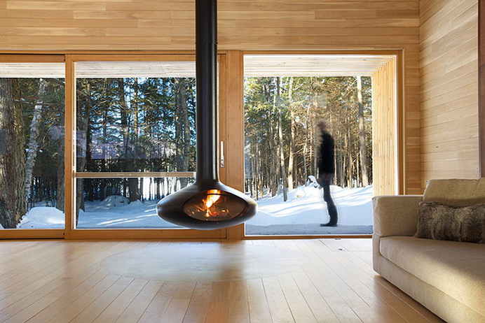 modern-wooden-house-in-peaceful-wood (5)
