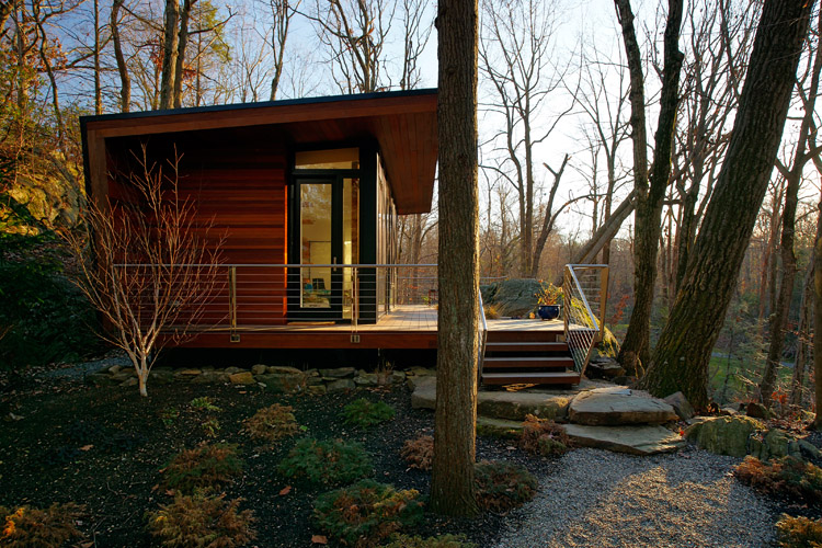 modern-wooden-house-with-outstanding-porch (1)