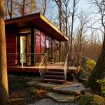 บ้านไม้ขนาดกะทัดรัดสไตล์โมเดิร์น ออกแบบอย่างลงตัวทั้งความทันสมัยและความเป็นธรรมชาติ