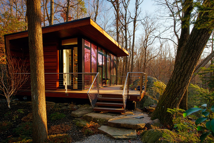 modern-wooden-house-with-outstanding-porch (2)