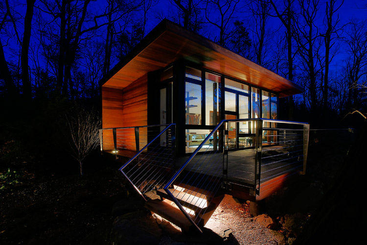 modern-wooden-house-with-outstanding-porch (9)