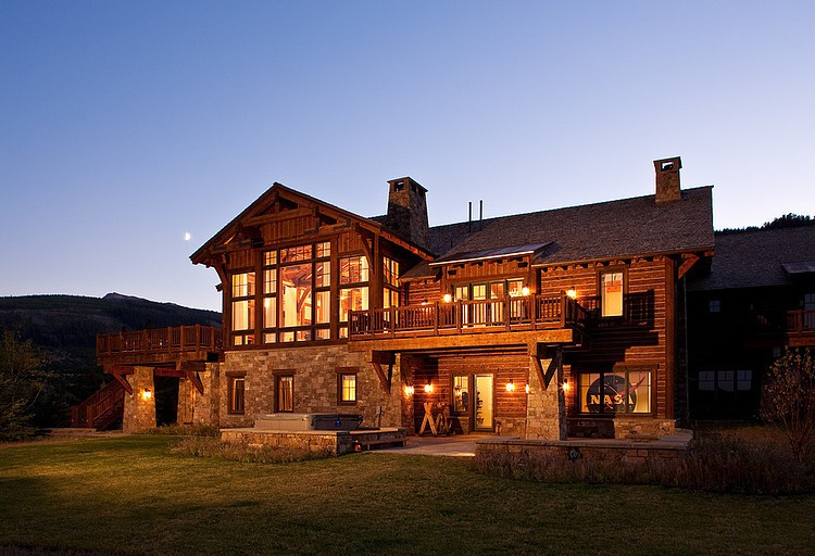 mountain-modern-rustic-house (18)