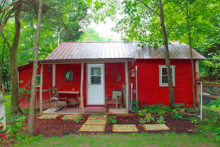 red-cottage-in-wood (1)_resize - Copy