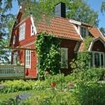 บ้านสไตล์คันทรีขนาดชั้นครึ่ง เน้นความน่ารักและกลมกลืนกับธรรมชาติ