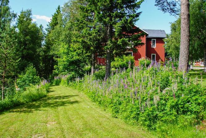 red-modern-farm-house (23)