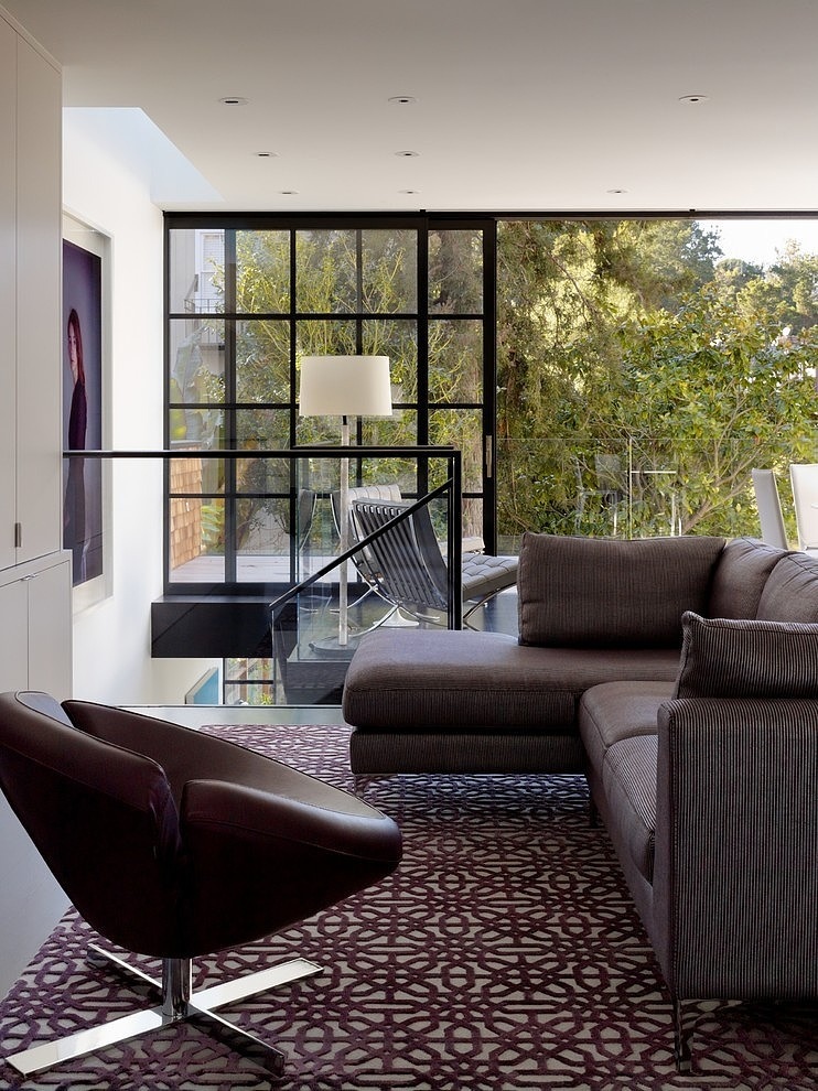 renovated-modern-glass-house-in-city (8)