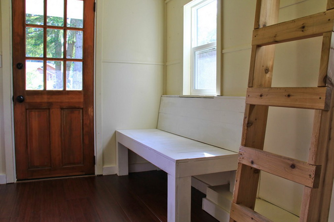 tiny-movable-wooden-house (5)