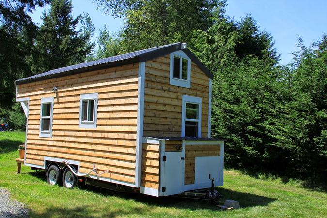 tiny-movable-wooden-house (8)