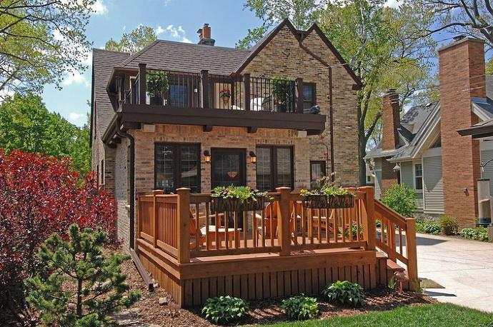 tudor-patio-house (1)
