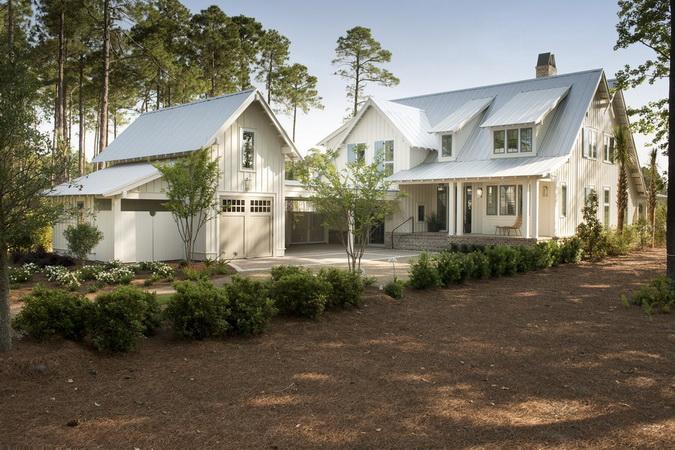 white classical european coastal house_02